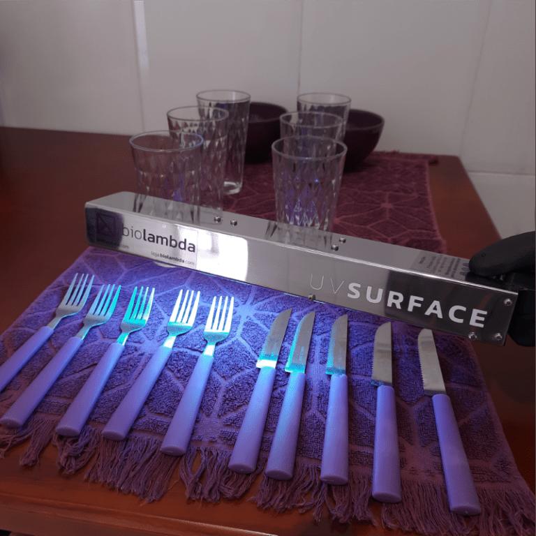 UV Surface usado para desinfecção de talheres e louças